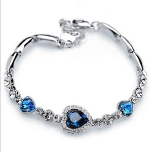 Blue crystal fashion bracelet